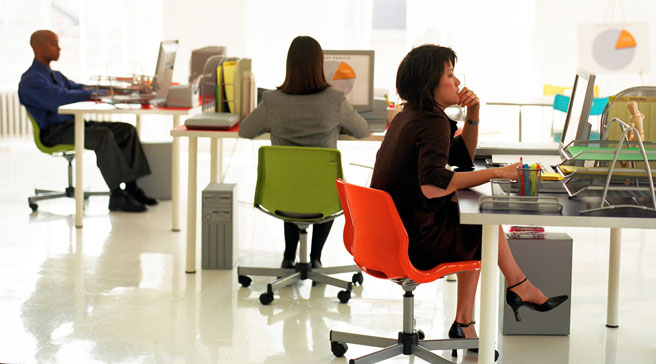 Why Use Ergonomic Chairs? Features and Health Benefits